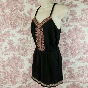 Bajee Collection Romper Size Small One Piece